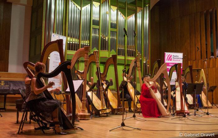 Festivalul de Harpă București - Ansamblul de Harpe